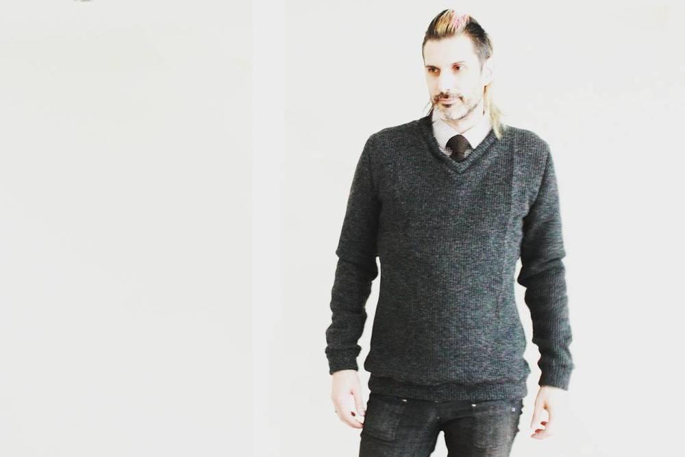 An example of the Sven sweatshirt